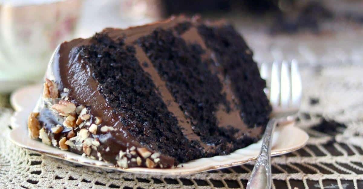 Old Fashioned Chocolate Cake With Coffee
