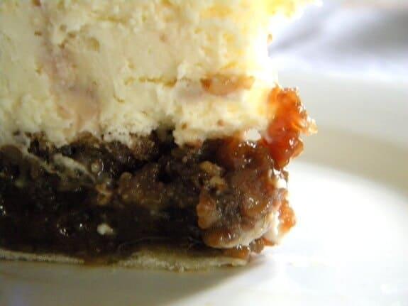 pecan-pie-cheesecake-2