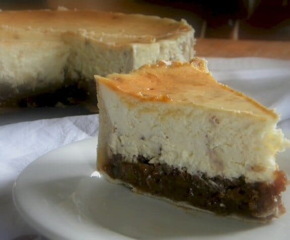 Holiday Hot Buttered Rum Pecan Pie Cheesecake...with Toffee | Restless ...