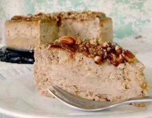 pecan-praline-cheesecake