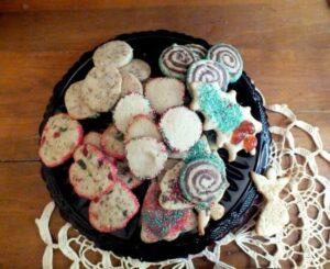 Christmas Cookies: One Dough – Five Kinds