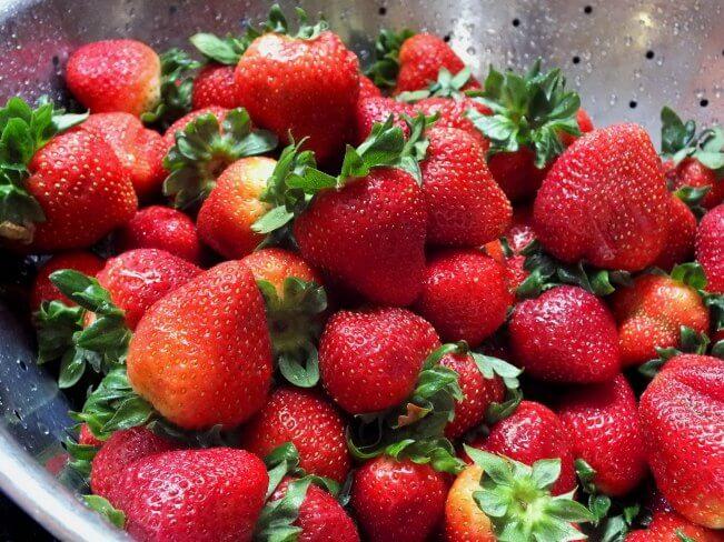 strawberries for strawberry and cream tart