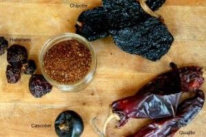 chiles for homemade chili powder|www.restlesschipotle.com