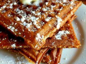 homemade cornmeal buttermilk waffles|restlesschipotle.com