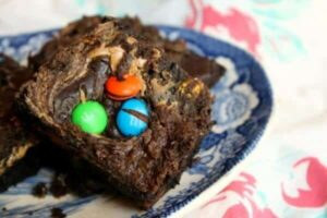 m & m's brownies with a peanut butter swirl www.restlesschipotle.com