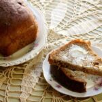 whole wheat bread recipe - an easy, homemade 100 perceeent whole wheat sandwich bread with a little sweetness from molasses|restlesschipotl.com