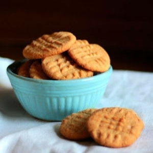 classic peanut butter cookies in a blue bowl