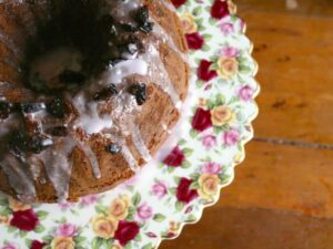 spicy prune bundt cake recipe is an easy snack with lots of health benefits! Restlesschipotle.com