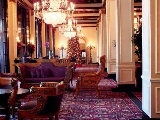Lobby of the St. Anthony hotel in San Antonio at Christmastime is just beautiful. I am so ready to go back. Restlesschipotle.com