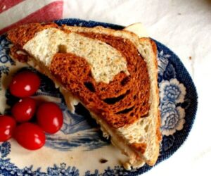 Swirled Sun Dried Tomato Bread