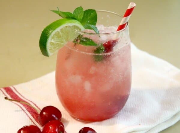 cherry mojitos are perfect for summer sipping. Restlesschipotle.com
