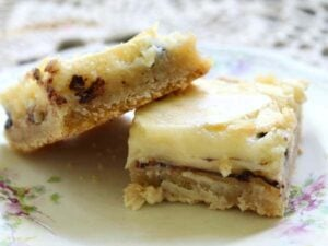 Chocolate chip gooey butter bars are made from scratch without cake mix...restlesschipotle.com