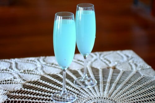 Tiffany Blue Sparkler is an easy cocktail recipe that works for any romantic or feminine occasion. From RestlessChipotle.com