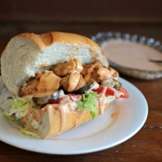 Fried chicken po'boy recipe is a quick and easy dinner. From Restlesschipotle.com