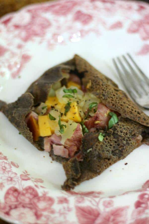 These ham and cheese crepes are easy to make and so much like the ones I loved in Normandy! From RestlessChipotle.com