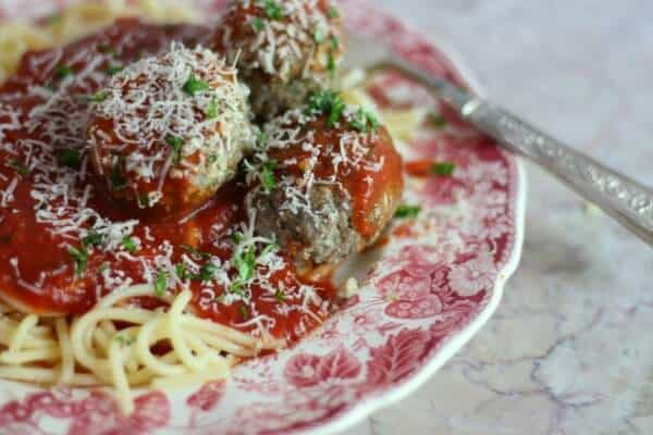 Homemade Italian meatballs are fantaastic! From restlesschipotle.com