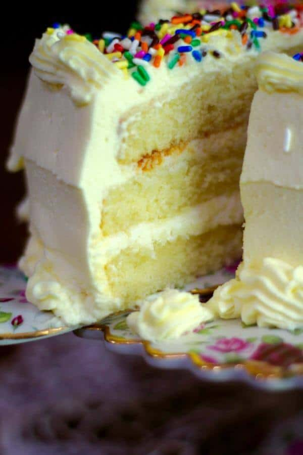 Look how perfect this lemon layer cake looks! From RestlessChipotle.com