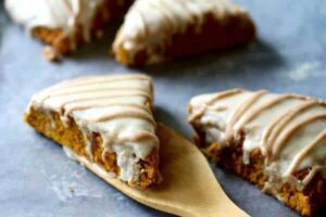 This copycat Starbucks pumpkin scones recipe is so good! From RestlessChipotle.com