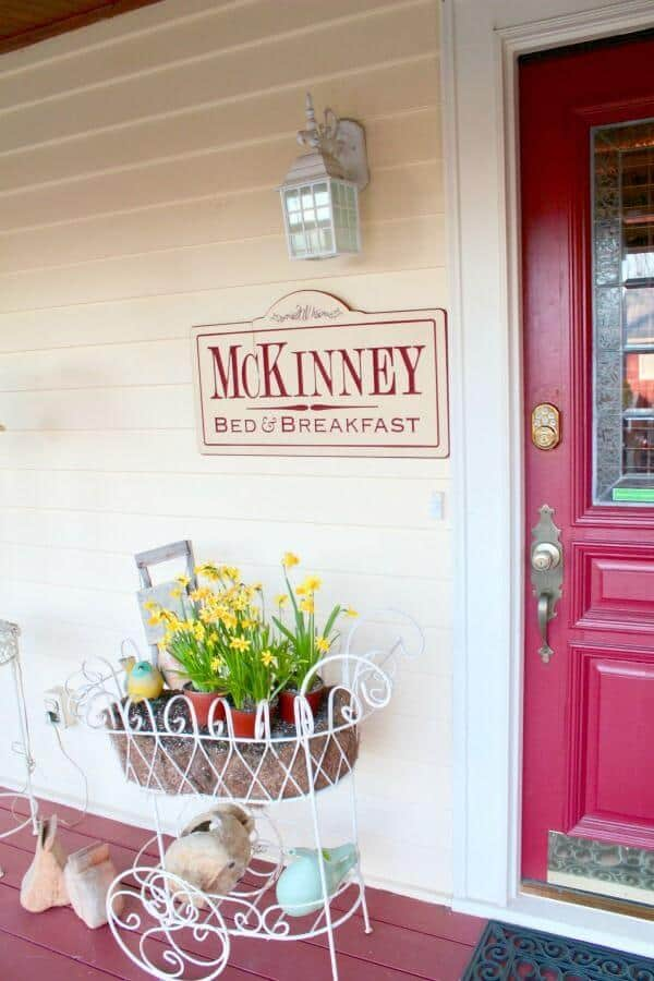 McKinney Bed & Breakfast is a romantic bed and breakfast within walking distance of the historic downtown. From RestlessChipotle.com