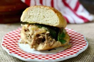 Slow Cooker Steak Sandwiches #SundaySupper