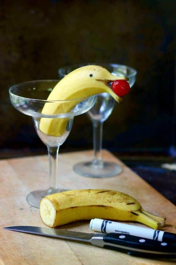 This frozen banana daiquiri has the most adorable garnish! From RestlessChipotle.com