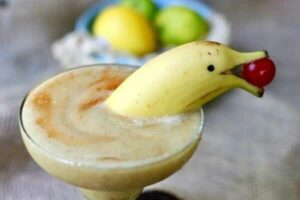 Frozen Banana Daiquiri: A #SundaySupper Cocktail