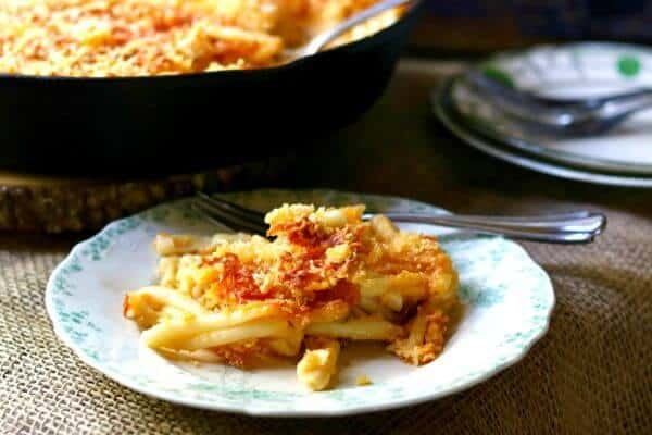 southern baked macaroni and cheese with beer