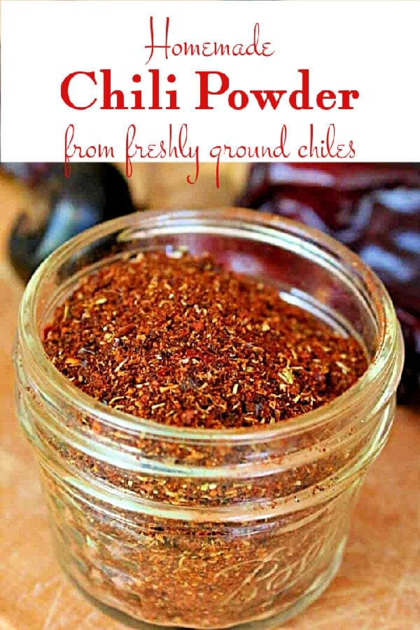 Jar of homemade chili powder with title text overlay.