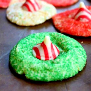 Image showing how the peppermint blossom cookies look when finished.