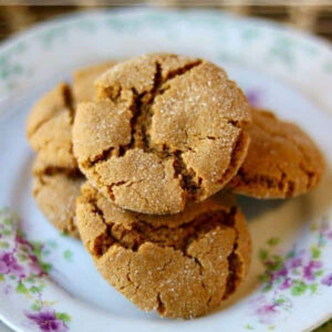 Peanut butter molasses crinkle cookies on a plate.